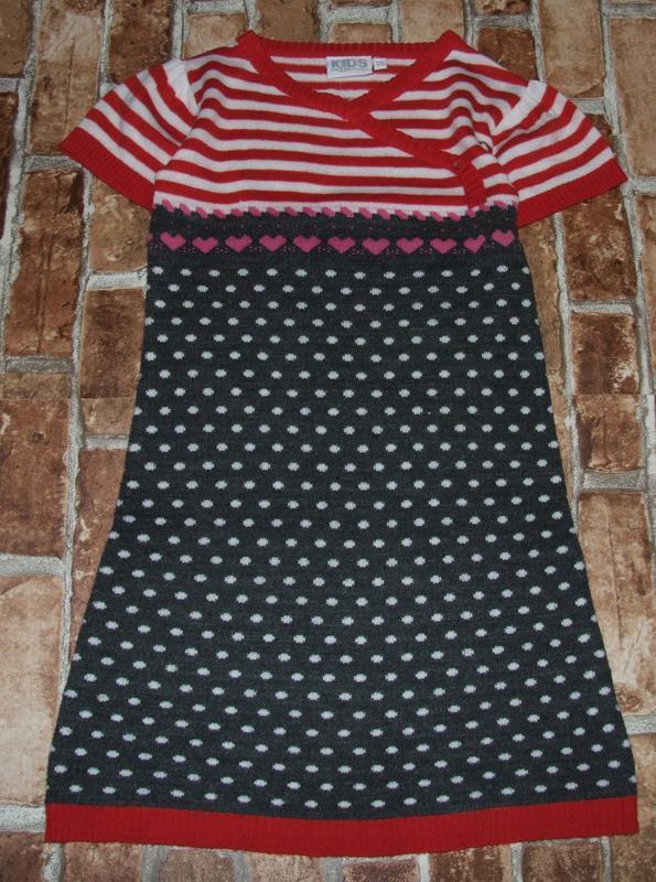 Платье тонкая вязка 8лет сток