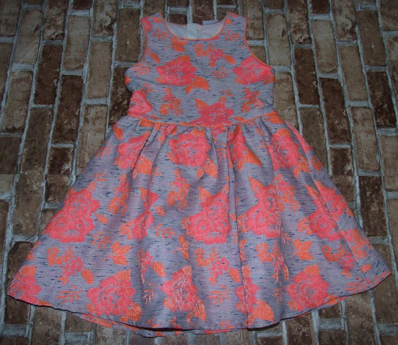 Платье нарядное пышное 11лет маталан