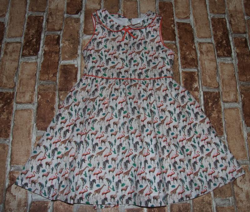 Платье нарядное 5-6 лет