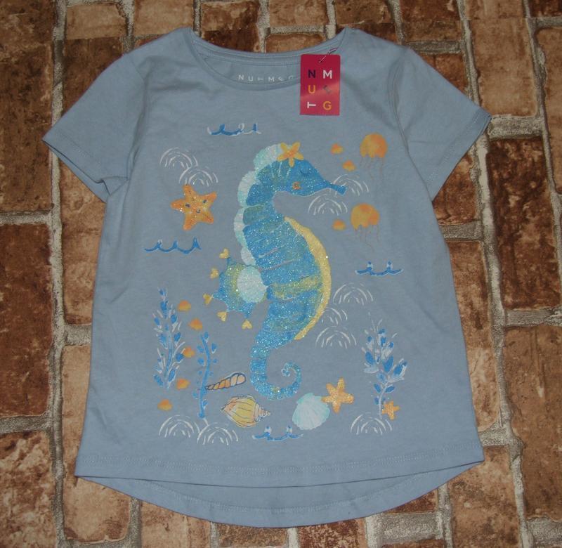 Новая хлопковая футболка 5-6 лет nutmeg