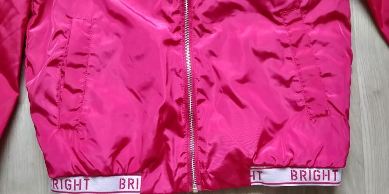 !продам новую женскую спортивную лёгкую куртку ветровку с капю... - Фото 3