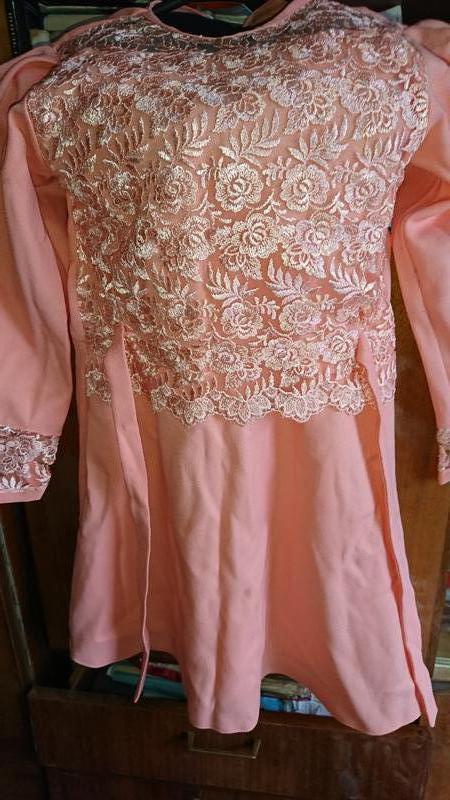 Платье нарядное детское для девочки гипюром