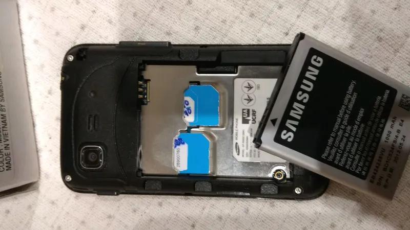 Samsung GT-5222 - Фото 4