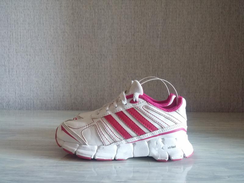 Продам детские кроссовки adidas adifast 28р