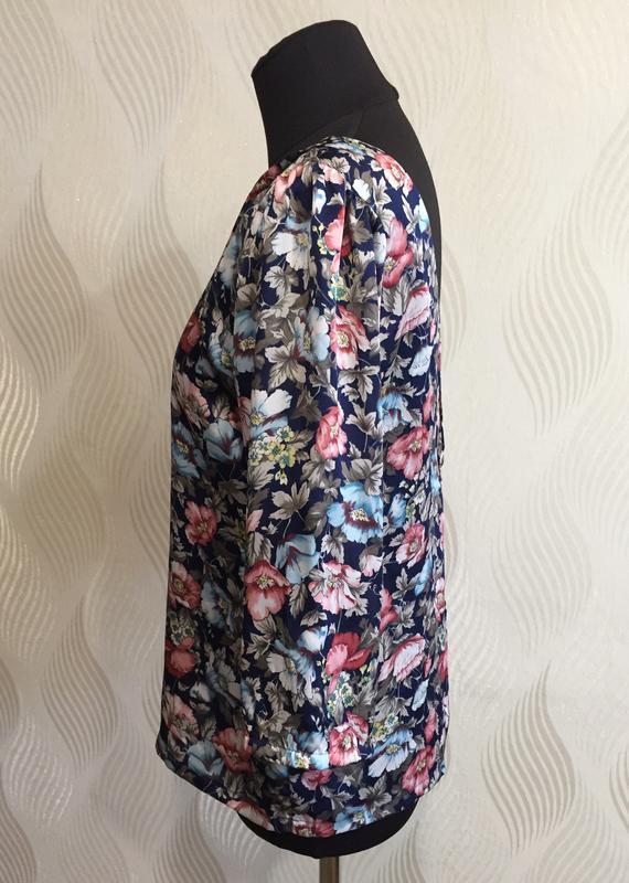Стильная блуза в винтажном стиле с цветочным принтом many bell... - Фото 4