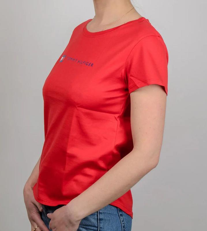 Женская футболка, логотип Tommy Hilfiger - Фото 3