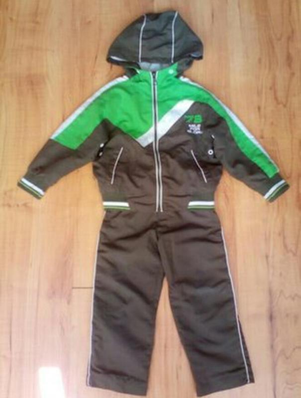 Спортивный костюм детский на 2-3 годика