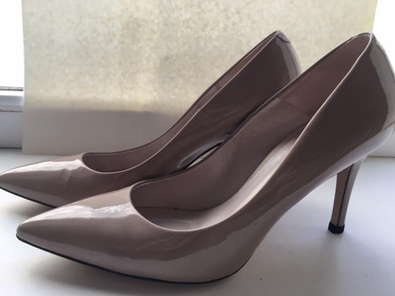 Лакированные туфли, стелька 26,5см