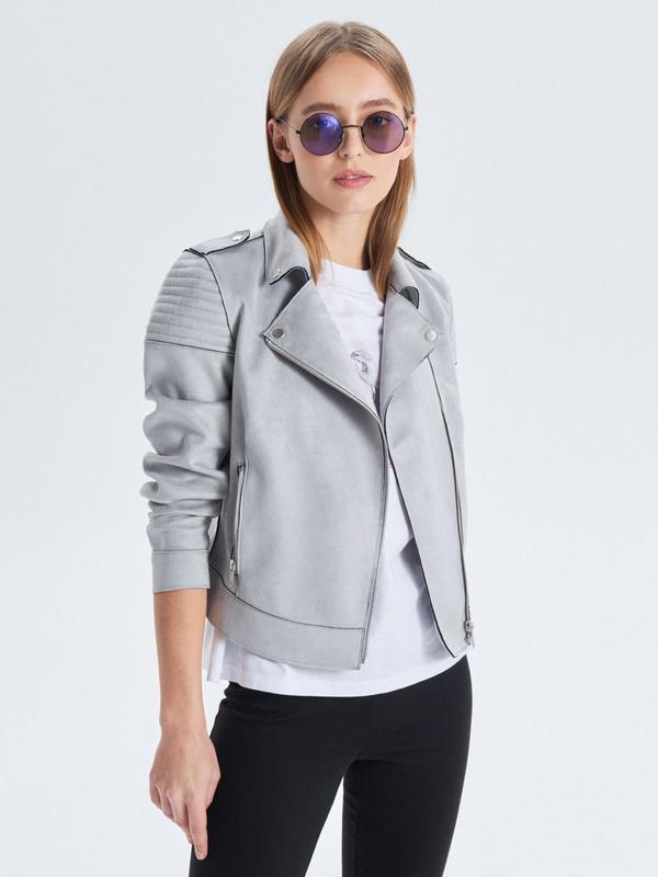 !продам новую женскую замшевую демисезонную куртку косуху ветр...