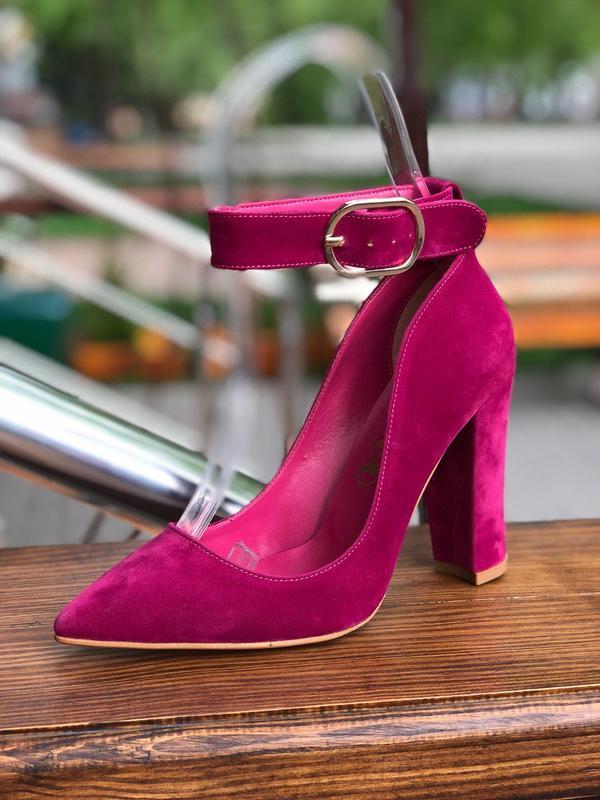 Самые стильные розовые лодочки на квадратном каблуке (оттенок ...