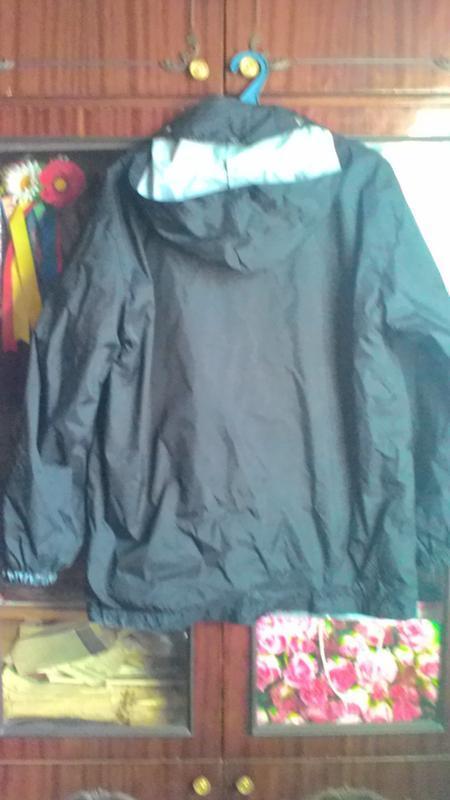 Куртка-ветровка -дождевик удлинённая