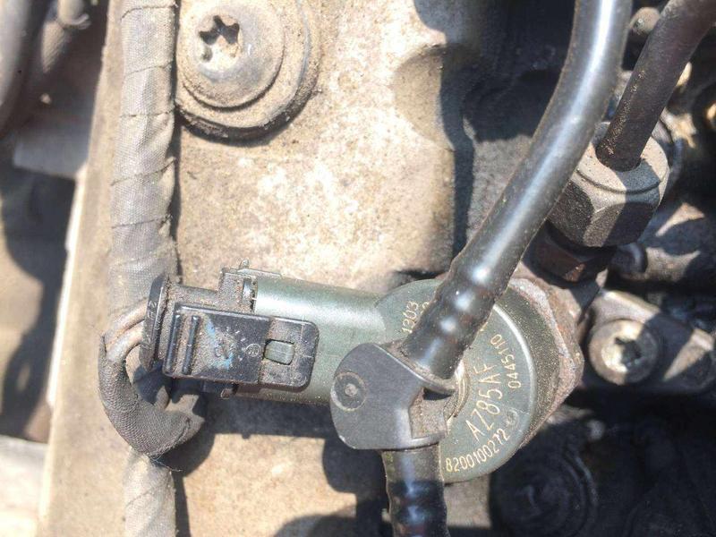 Б/у форсунка впрыска топлива Renault , 8200100272 , Рено , 1.9dci