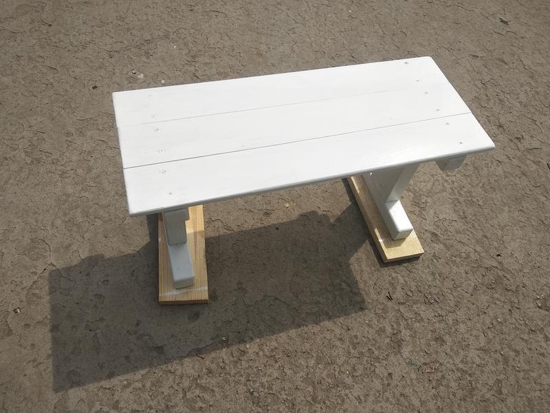 Столик для кровати. Скандинавский стиль - Фото 3