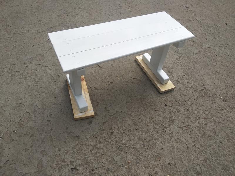 Столик для кровати. Скандинавский стиль - Фото 4