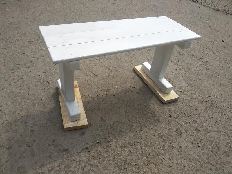 Столик для кровати. Скандинавский стиль - Фото 2
