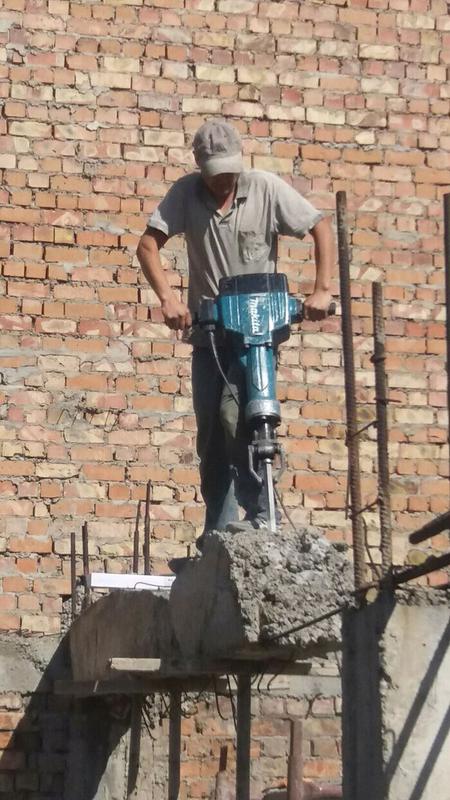 Копка земляные демонтажные работы сливные ямы демонтаж траншеи - Фото 4