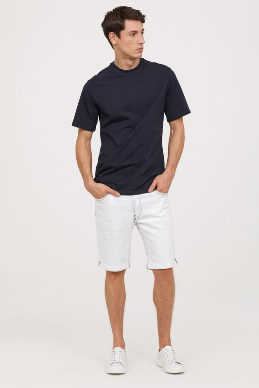 Мужские белые шорты 28 размер - Фото 2