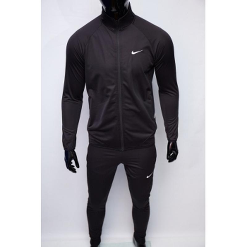 Костюм спортивный мужской nike  черный утепленный в стиле бренда