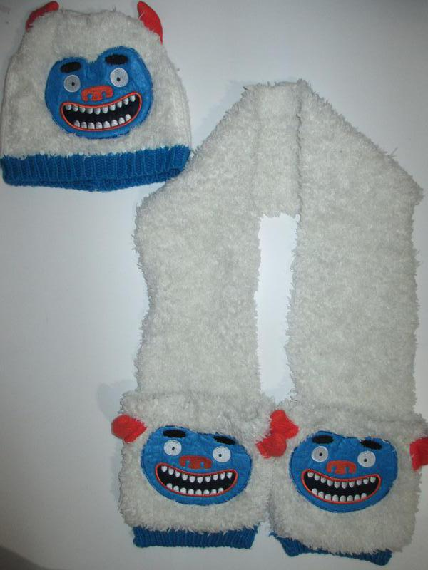 Комплект набор шапка шарф-варежки c&a германия