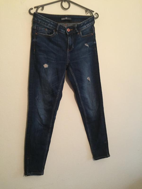 Брендовые джинсы зауженые  24р.