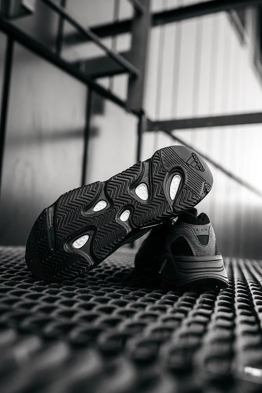 Мужские кроссовки adidas v2 - Фото 4