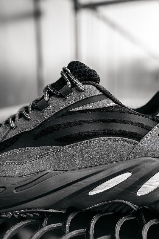 Мужские кроссовки adidas v2 - Фото 8