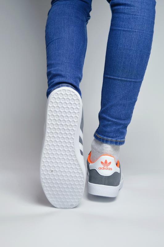 Кроссовки женские  adidas gazelle - Фото 2
