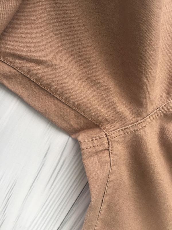 Пудровые джинсы скинни с высокой посадкой denim co - Фото 6
