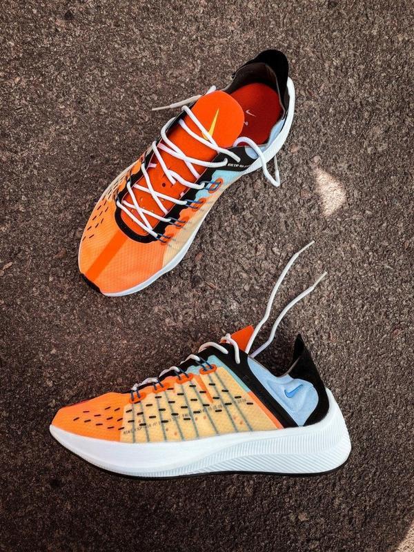 Шикарные мужские кроссовки nike оранжевые