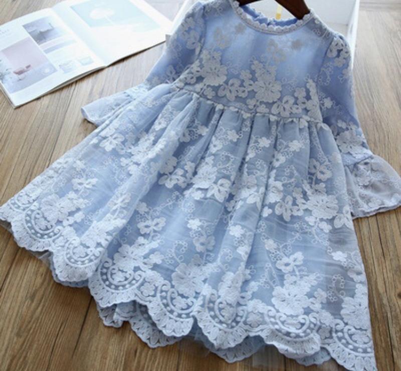 Платье шикарное нарядное кружевное нежное небесное