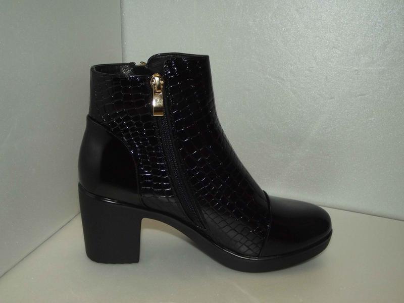 Новые женские ботинки - Фото 2
