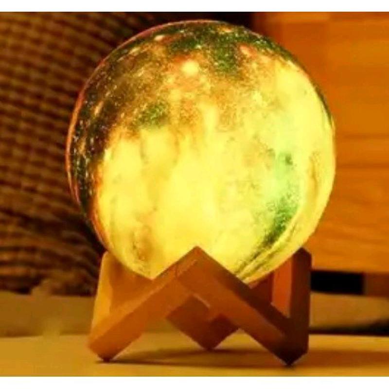Дизайнерская, яркая Сенсорная лампа ночник 3D космос 18см. - Фото 4