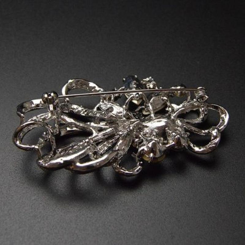 Шикарная брошь изумрудный кристалл - Фото 3