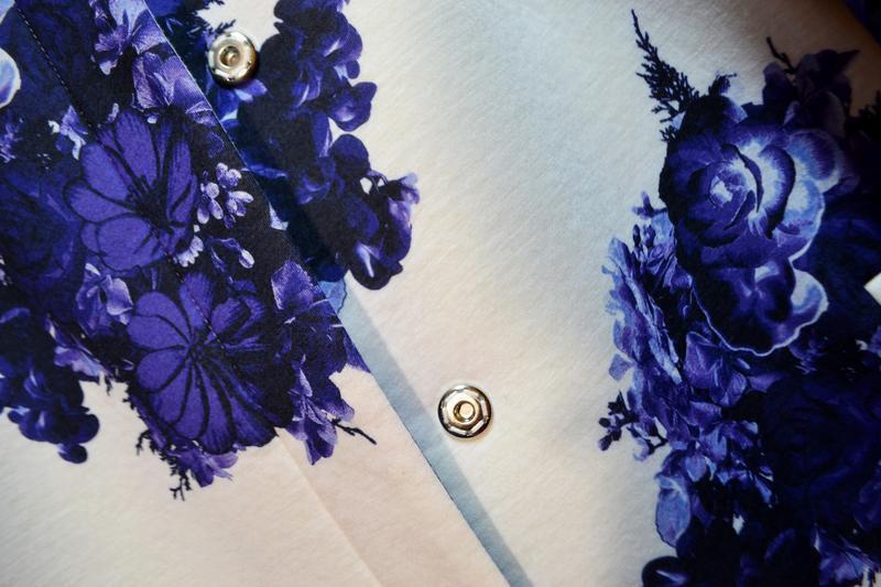 Стильный белый весеннее легкое пальто в цветах кардиган - Фото 4