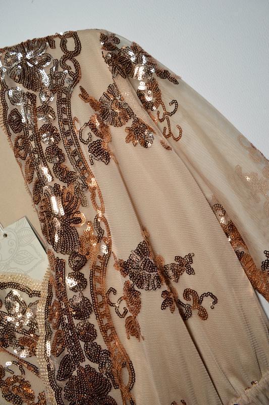 Роскошное платье в золотых пайетках - Фото 2