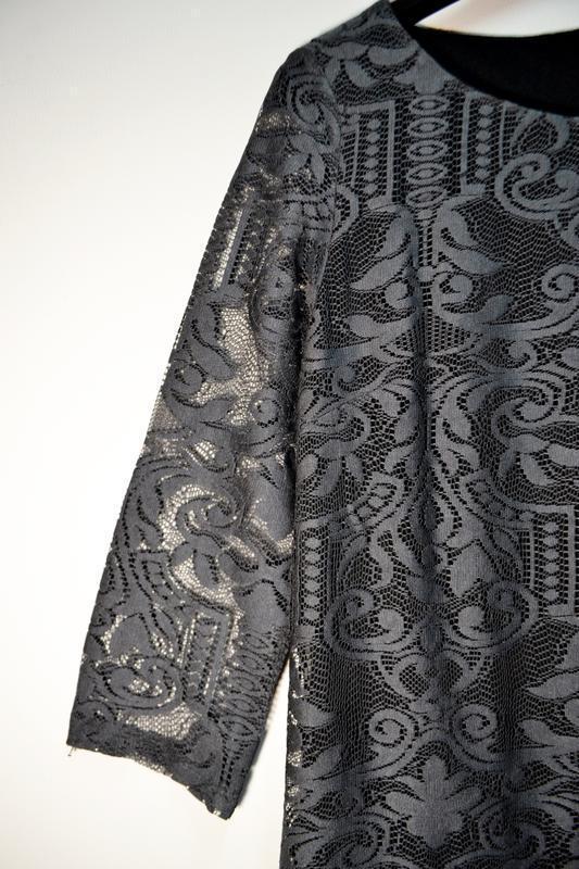 Красивое свободное платье миди в кружево с красивыми рукавами - Фото 2