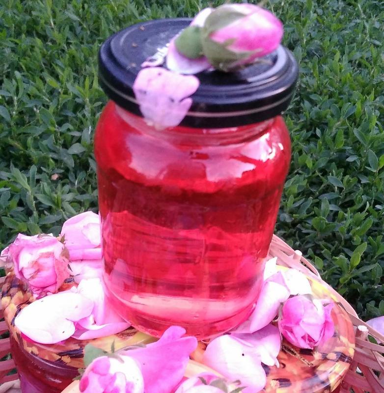 Розовый сироп 0,2л. Сироп из лепестков болгарской( чайной) розы.