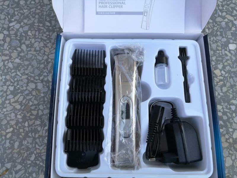 Машинка для стрижки волос Kemei KM-5017 - Фото 8