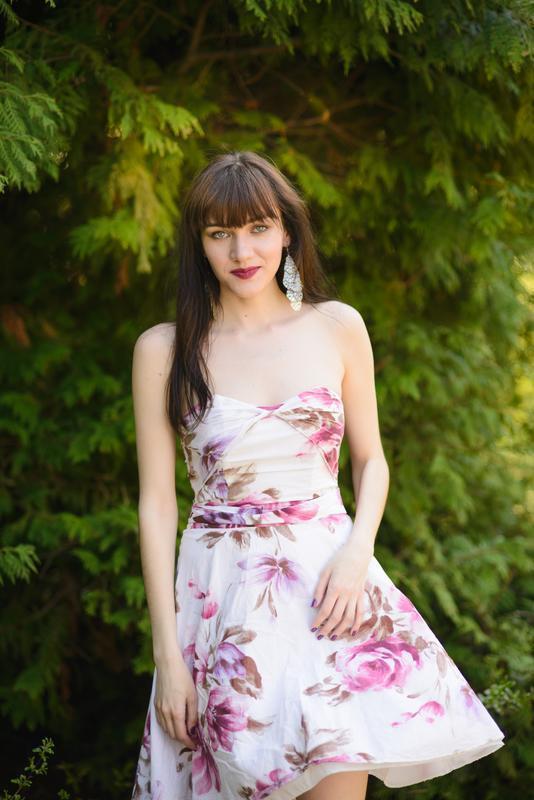 Платье с розами dorothy perkins