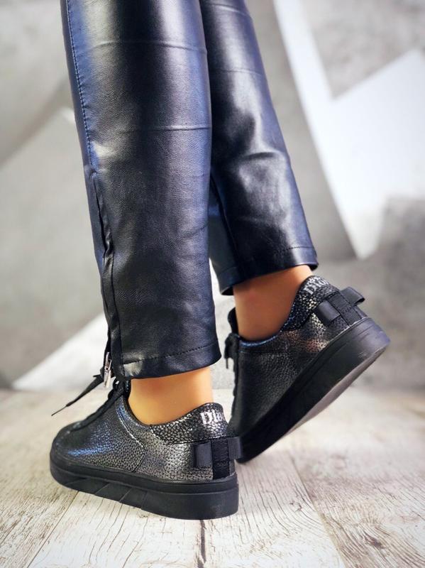 Кожаные кроссовки кеды в стиле dior с бантиком сзади. 36-40