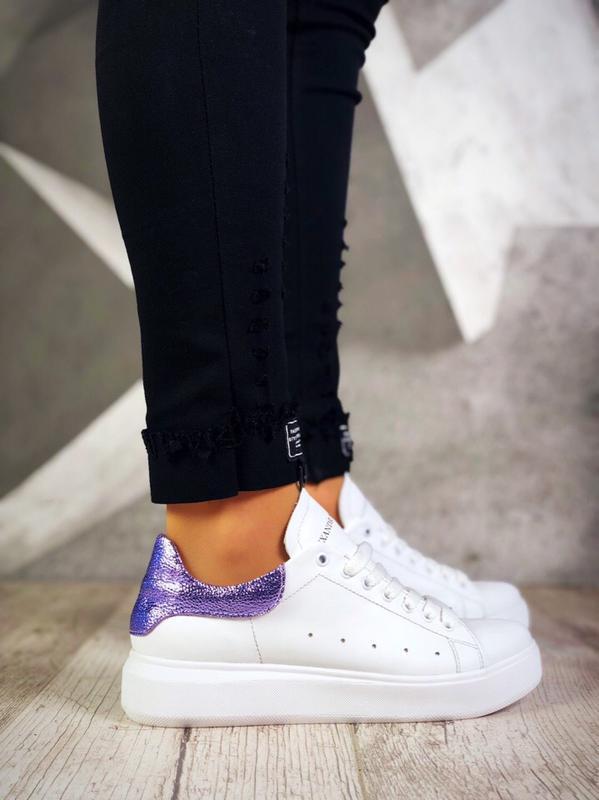 Кожаные кроссовки кеды в стиле известного бренда. 36-40