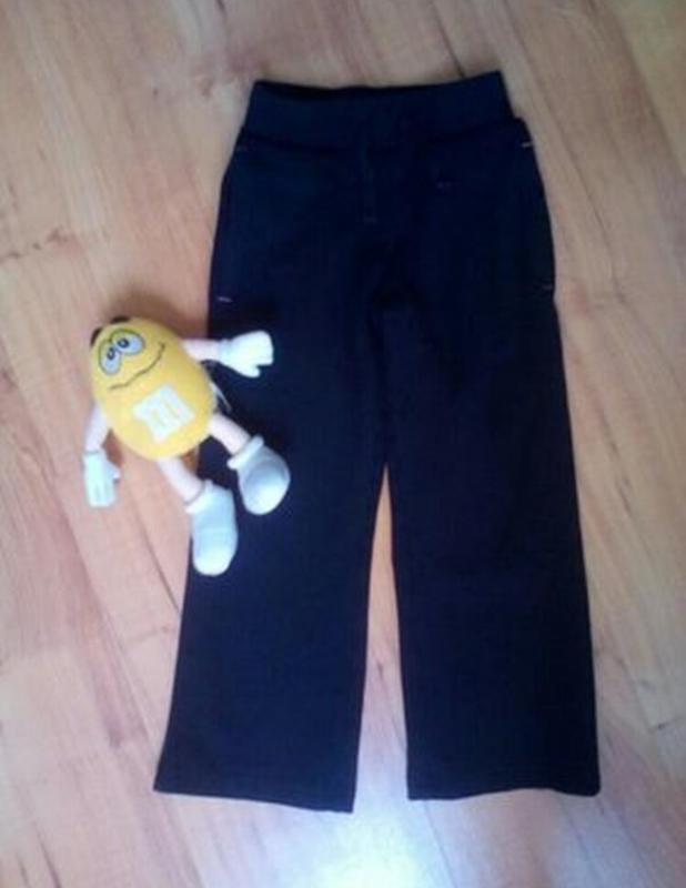 Спортивные штаны на 3-4 годика