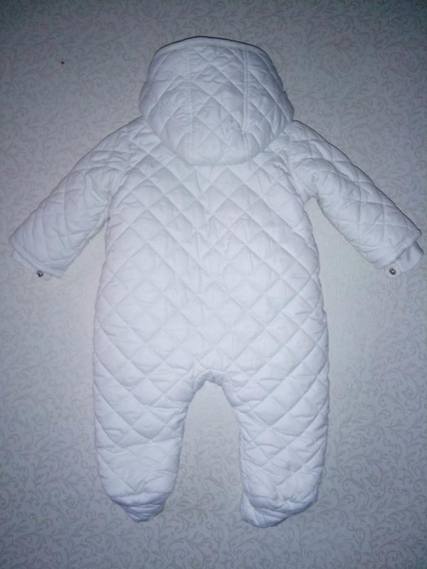 Комбинезон белоснежный зимний мальчику/девочке на 6-9 мес. (74... - Фото 2