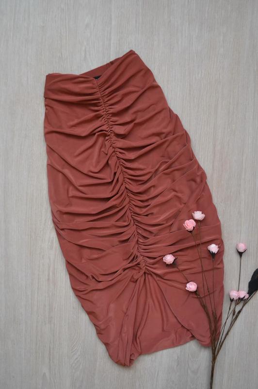 Роскошная терракотовая юбка карандаш с драпировкой