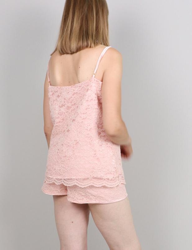 Пижама из кружева на шелковой подкладке - Фото 3