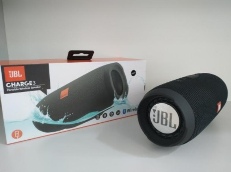 Портативная блютуз колонка JBL Charge 3 колонка с USB, ЧЕРНАЯ - Фото 4