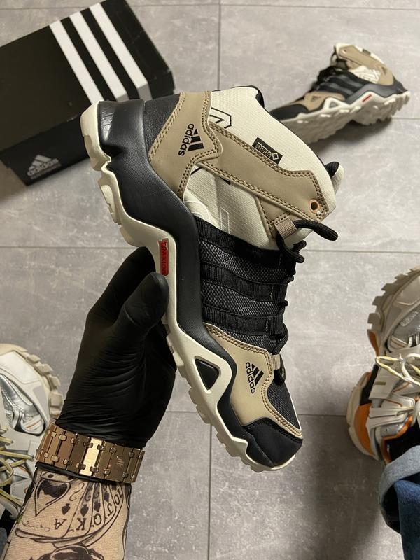 Мужские кроссовки adidas terrex ax3 beige/black.