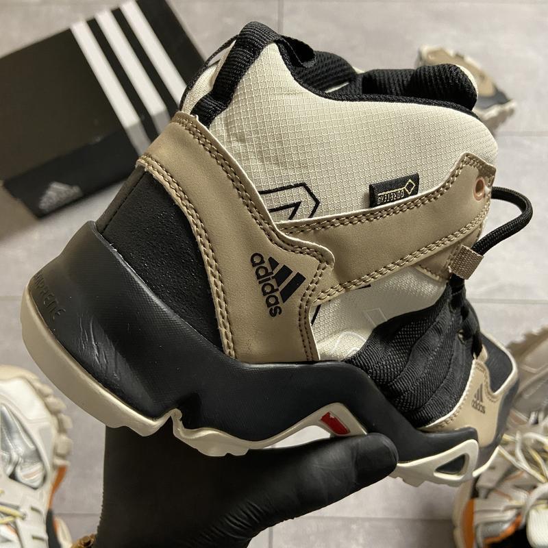 Мужские кроссовки adidas terrex ax3 beige/black. - Фото 7