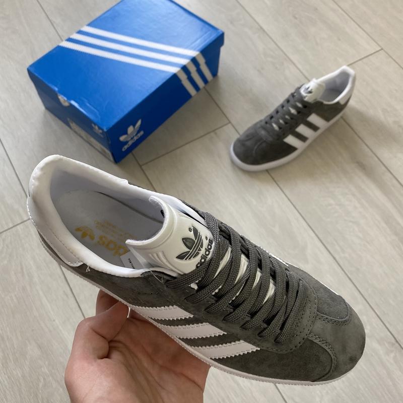 Adidas gazelle gray женские стильные кроссовки - Фото 4