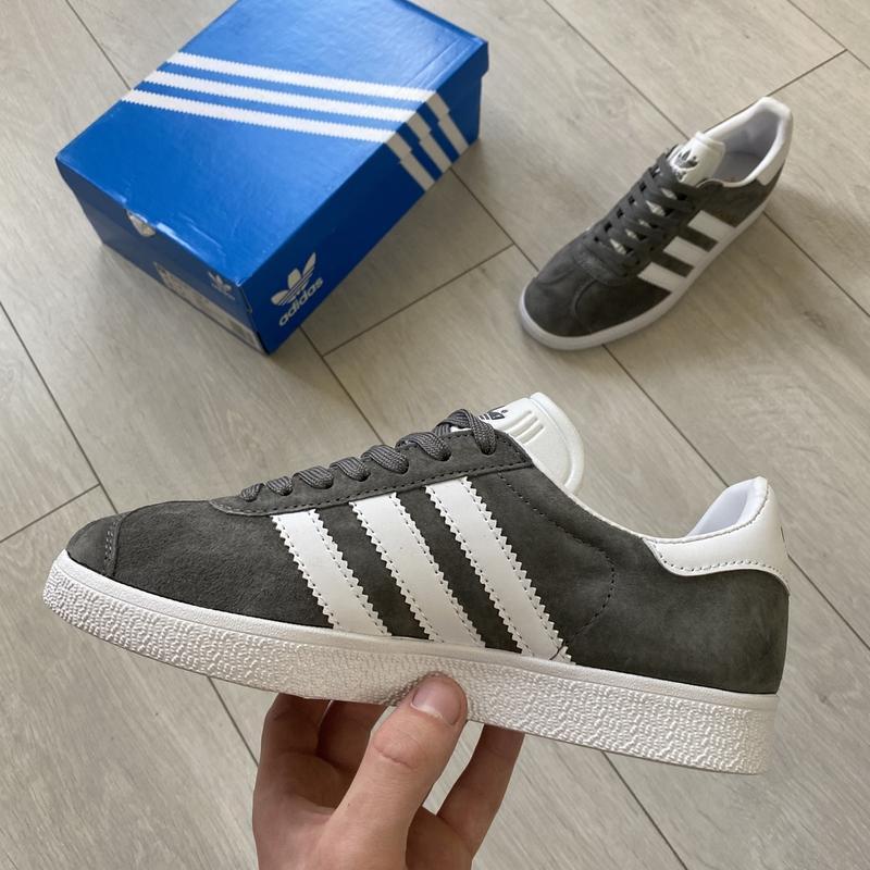 Adidas gazelle gray женские стильные кроссовки - Фото 6